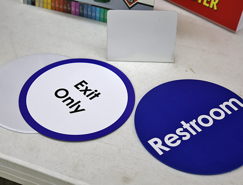 Magnetic Directional Signs